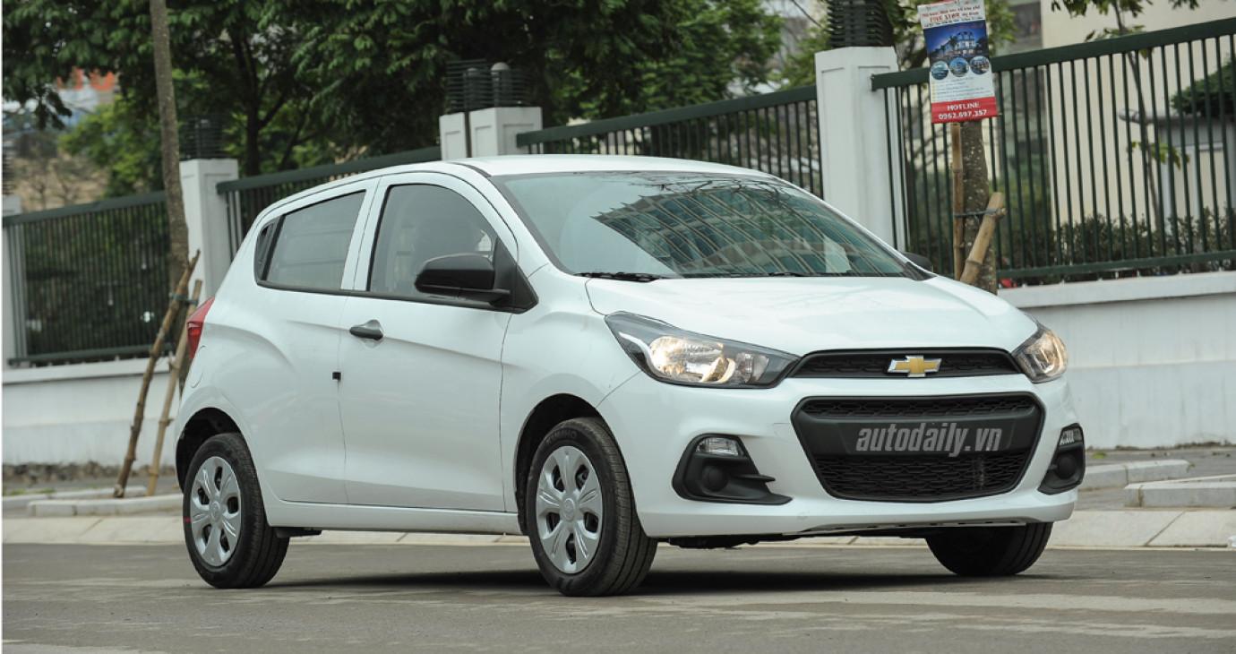 Chi tiết Chevrolet Spark Van 2016 đầu tiên về Việt Nam