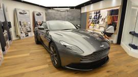 Aston Martin DB11 kiêu hãnh trên sân khấu Geneva