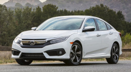 """Accord và Civic """"nâng bước"""" Honda"""