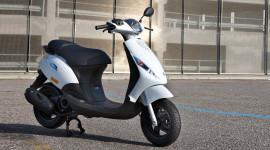 Piaggio Việt Nam triệu hồi 1.201 xe Zip do lỗi phao xăng