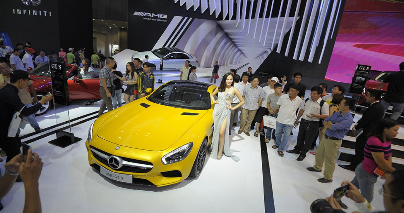 Doanh số ngành ôtô sụt giảm trong tháng 2