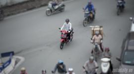 Xe máy đi sai làn bị phạt bao nhiêu?