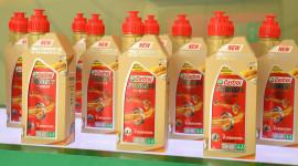 Thêm lựa chọn dầu nhớt tổng hợp cho xe tay ga