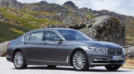 BMW ngừng bán 7-Series do lỗi túi khí