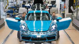 Porsche 718 Cayman chính thức đi vào sản xuất