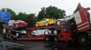 7 chiếc Porsche Cayman GT4s gặp nạn trên đường vận chuyển