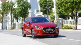 Kia Morning và Mazda2 đồng loạt giảm giá