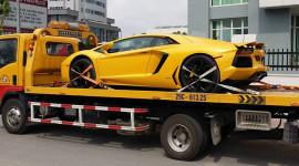 Chết máy giữa phố Sài Gòn, Lamborghini Aventador ra Hà Nội sửa chữa