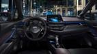 Lộ ảnh nội thất Toyota C-HR - Đối thủ lớn của Mazda CX-3