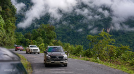 Mercedes-Benz SUVenture: Lên rừng, xuống biển