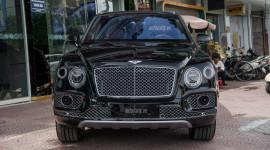 Video: Khám phá SUV nhanh nhất thế giới Bentley Bentayga tại Hà Nội