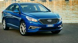 Hyundai Sonata 2017 có giá từ 30.590 USD