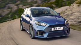 """Động cơ Ecoboost trên Ford Focus RS mới được """"chăm sóc"""" kỹ như thế nào?"""