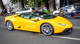 Loạt siêu xe của đại gia Sài Thành xuống phố dịp cuối tuần