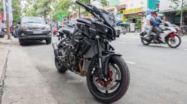 Cận cảnh Yamaha MT-10 2016 đầu tiên tại Việt Nam