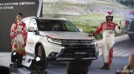 """Mitsubishi Outlander 2016 """"chào"""" thị trường Việt, giá từ 975 triệu đồng"""