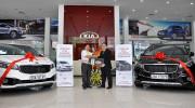 Kia Thái Nguyên bàn giao 5 xe Sedona cho khách hàng