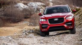 SUV hạng sang Jaguar F-PACE - Kẻ thay đổi cuộc chơi