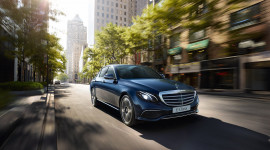 Mercedes-Benz E-Class thế hệ mới sắp ra mắt thị trường Việt