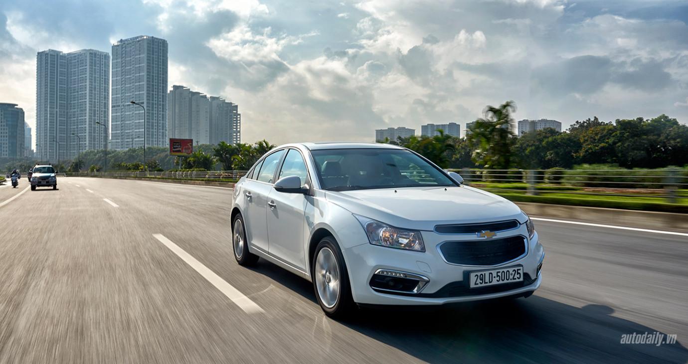 [Infographic] Vì sao nên chọn Chevrolet Cruze mới?