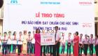 Honda Việt Nam trao tặng mũ bảo hiểm cho học sinh tại Thái Bình và Phú Thọ