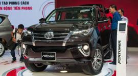 Chiều nay, Toyota Fortuner 2017 chính thức có giá bán tại Việt Nam