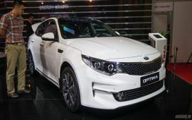 Kia Optima 2016 - lấy giá bán làm thế mạnh