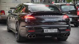 Chạm mặt Porsche Panamera phiên bản đắt nhất, hiếm nhất trên phố Hà Nội