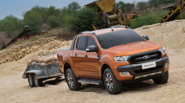 1.136 xe Ford Ranger được bán trong tháng 10