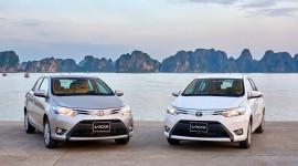 """Toyota Vios và Fortuner """"bán chạy như tôm tươi"""""""