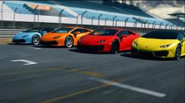 Dàn siêu xe Lamborghini Huracan phô trương sức mạnh