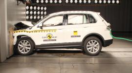 3 mẫu xe an toàn nhất năm 2016