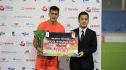 Cầu thủ SHB Đà Nẵng nhận danh hiệu xuất sắc nhất trận đấu