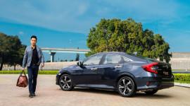 """Honda Civic 2016 """"chốt giá"""" 950 triệu đồng tại Việt Nam"""