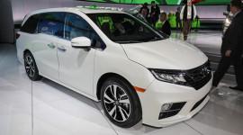 Honda Odyssey 2018 - minivan đầy ắp công nghệ