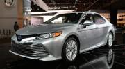Cận cảnh Toyota Camry 2018 phiên bản XLE Hybrid