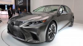Ngắm kỹ sedan hạng sang Lexus LS 2018 trên sân khấu Detroit