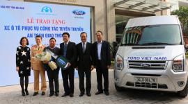 Ford Việt Nam trao tặng xe Transit cho Sở GTVT tỉnh Bắc Kạn