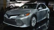 Toyota Camry Hybrid 2018 có mức tiêu thụ nhiên liệu ấn tượng