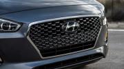 """Hyundai Elantra GT 2018 """"nhá hàng"""" trước ngày ra mắt"""