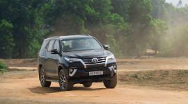 Toyota Fortuner vẫn thống trị phân khúc SUV tại Việt Nam