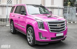 """""""Khủng long Mỹ"""" Cadillac Escalade đổi màu cực chất của nữ đại gia Sài Thành"""