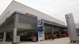 Đến đại lý ôtô Honda, kiểm tra xe miễn phí