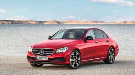 Mercedes-Benz tiếp tục dẫn đầu phân khúc xe sang