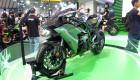 """Cận cảnh """"siêu môtô"""" Kawasaki H2 Carbon tại VMCS 2017"""