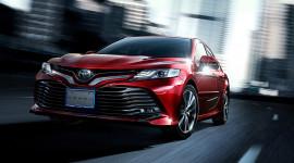 """Toyota Camry 2018 """"cực ngầu"""" với bộ phụ kiện TRD và Modellista"""