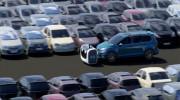 Xem robot lái ô tô vào bãi đỗ thay tài xế cực đỉnh
