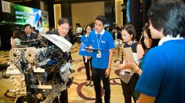 """""""Màn trình diễn"""" công nghệ Toyota Hybrid tại Việt Nam"""