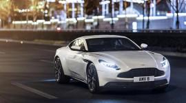Aston Martin DB11 có thêm phiên bản động cơ tăng áp kép V8