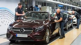 Mercedes-Benz E-Class Cabriolet 2018 bắt đầu được sản xuất